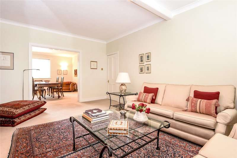 3 Bedrooms Maisonette Flat for sale in Chester Road, Northwood, Middlesex, HA6