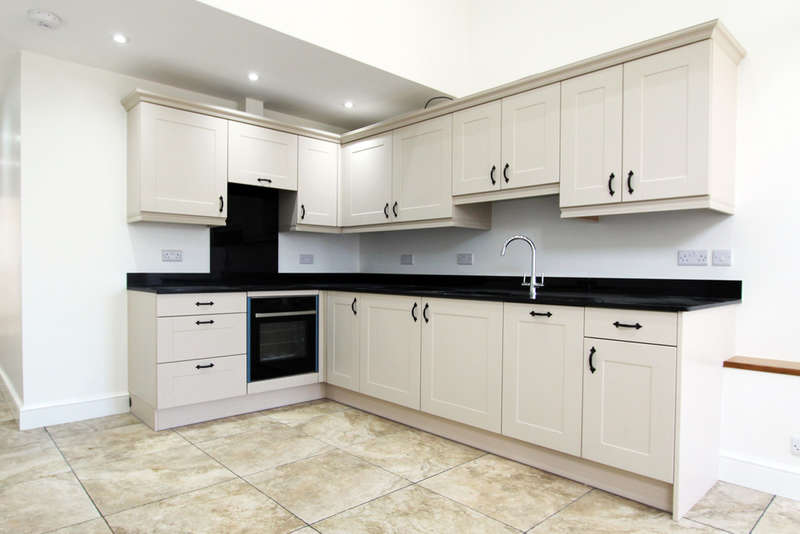 2 Bedrooms Detached House for rent in Biddenfield Lane, Shedfield