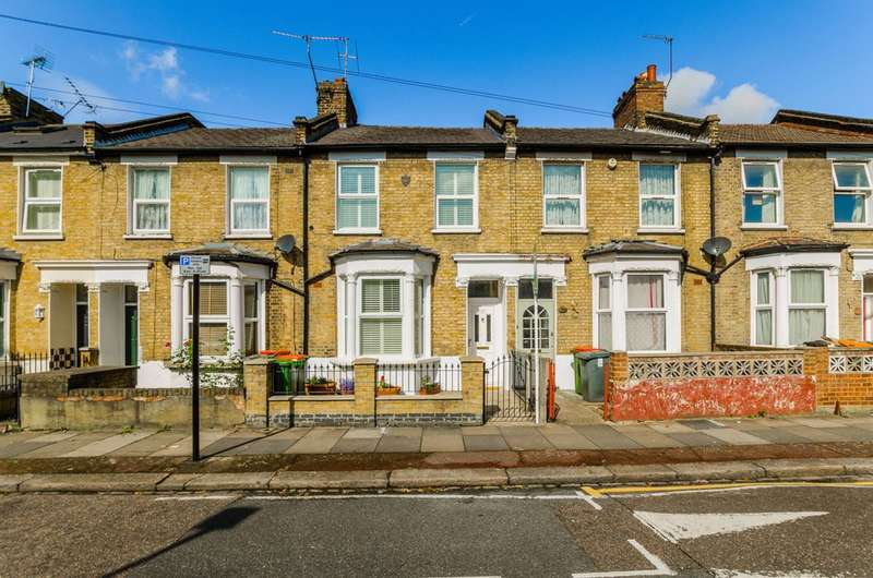 3 Bedrooms Terraced House for sale in Redriffe Road, Plaistow, E13
