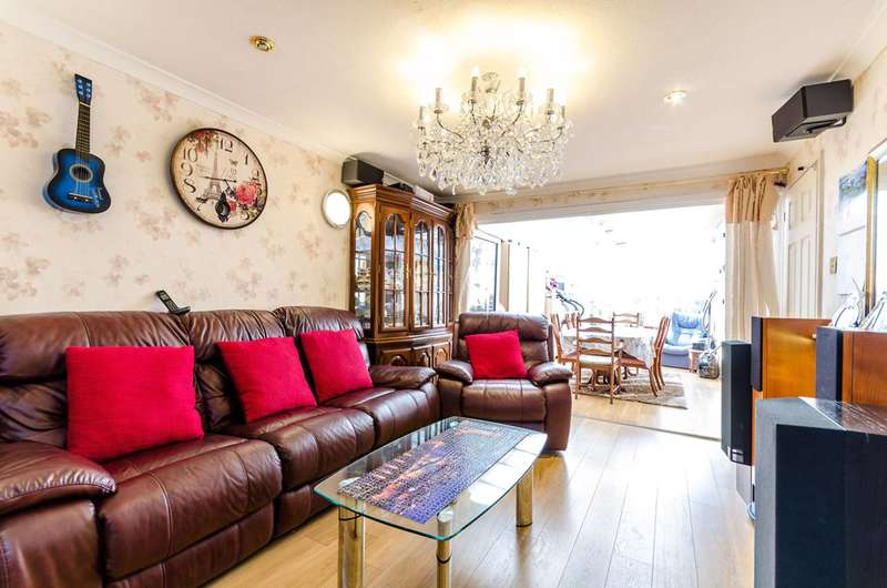 3 Bedrooms House for sale in Bodnant Gardens, Raynes Park, SW20