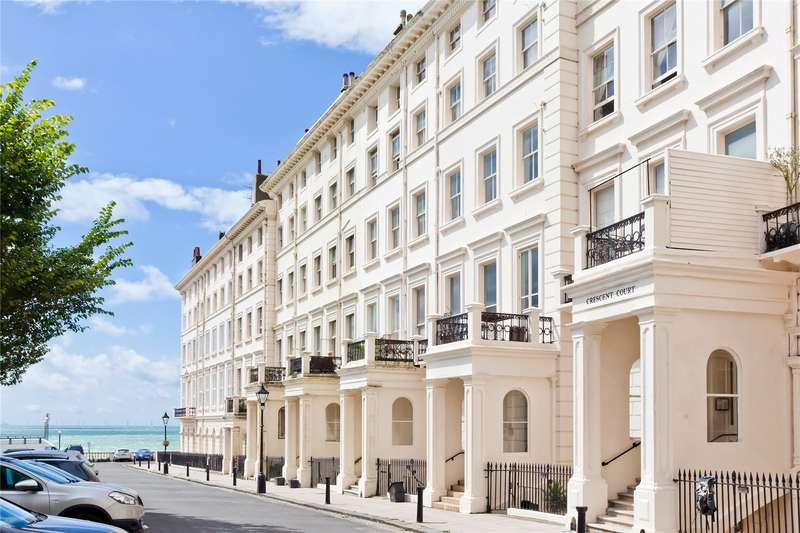 2 Bedrooms Flat for sale in 28-29 Adelaide Crescent, Hove, East Sussex, BN3