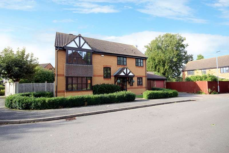4 Bedrooms Mews House for sale in Hill House Gardens, Stanwick, Wellingborough, Northamptonshire. NN9 6QH