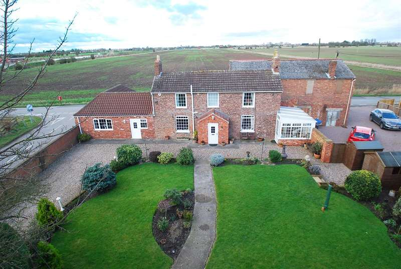 3 Bedrooms Detached House for sale in Mill House,, Mill Lane, Addlethorpe, Skegness