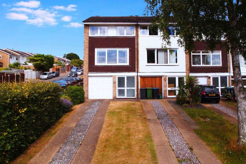 4 Bedrooms Town House for sale in Varney Road, Warners End, Hemel Hempstead