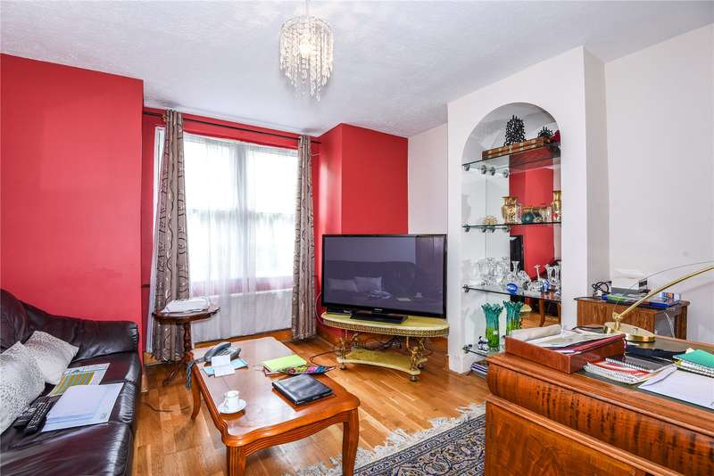 2 Bedrooms Terraced House for sale in Rickmansworth Road, Pinner, Middlesex, HA5