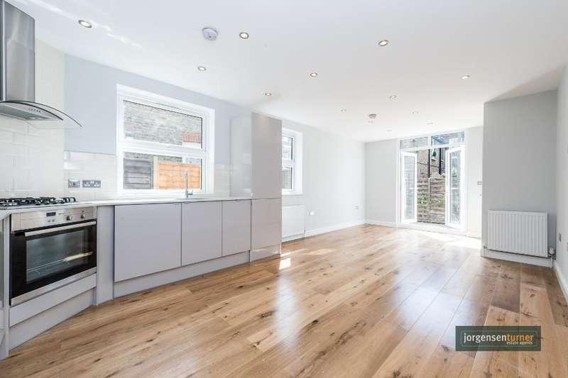 2 Bedrooms Flat for sale in Ormiston Grove, Shepherds Bush, London, W12 0JS