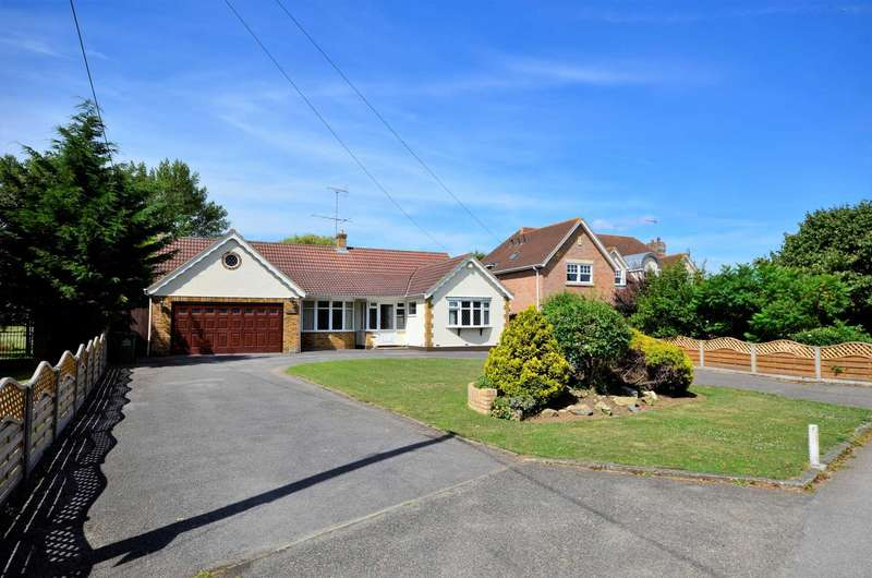 3 Bedrooms Bungalow for sale in Ramsden Park Road, Billericay