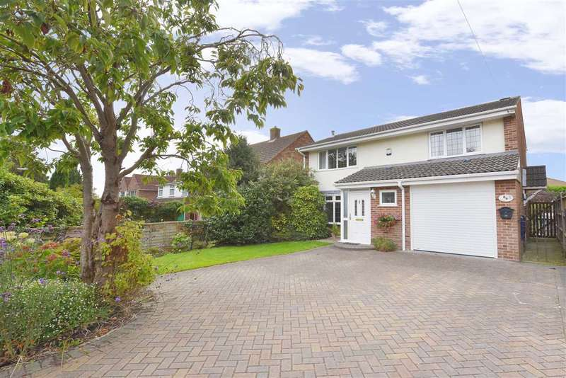 4 Bedrooms Detached House for sale in RALEY ROAD, LOCKS HEATH