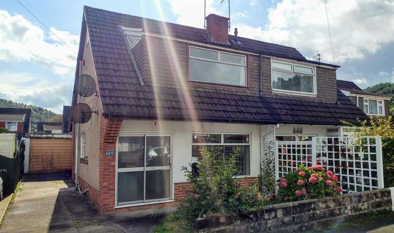 3 Bedrooms Semi Detached House for sale in Glyn Llwyfen, Llanbradach, Caerphilly