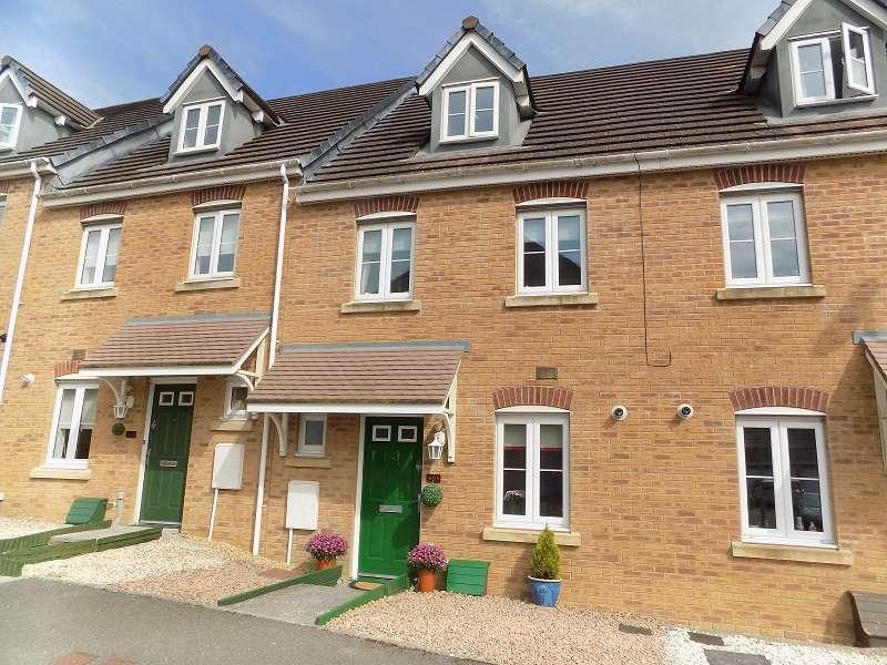 3 Bedrooms Terraced House for sale in Longacres , Brackla, Bridgend. CF31 2DD