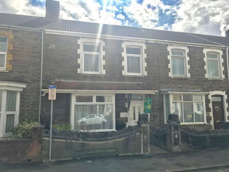 3 Bedrooms Terraced House for sale in Herne Street, Briton Ferry, Neath