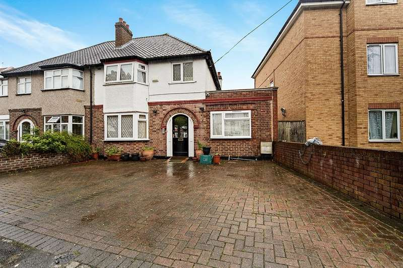 6 Bedrooms Semi Detached House for sale in Manor Road, Mitcham, CR4