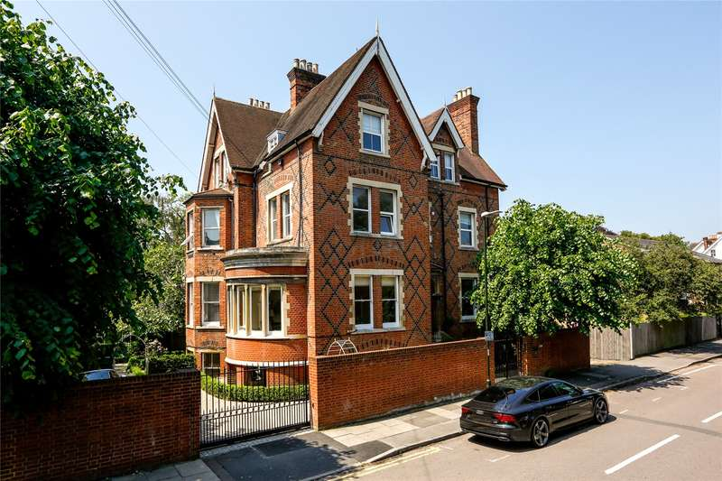3 Bedrooms Flat for sale in Ridgway, Wimbledon Village, SW19