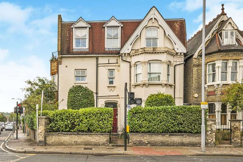 2 Bedrooms Flat for sale in Richmond Road, Kingston Upon Thames, KT2