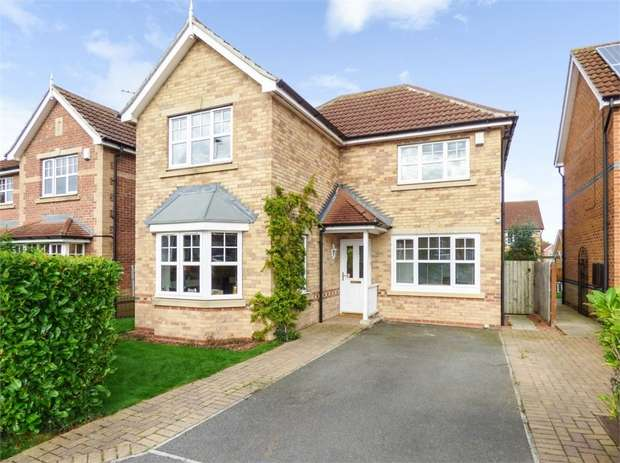 3 Bedrooms Detached House for sale in St Georges Gate, Middleton St George, Darlington, Durham