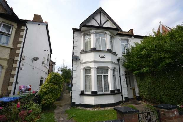 Semi Detached House for sale in District Road, Wembley, Middlesex