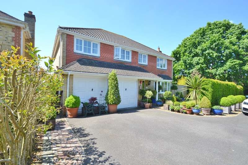 5 Bedrooms Detached House for sale in Fair Oak