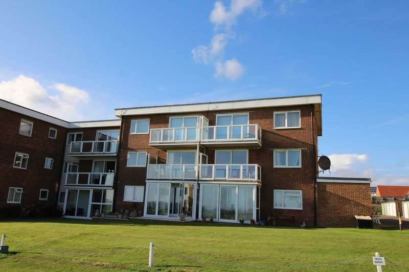 2 Bedrooms Flat for sale in Sutton Place, Bexhill-On-Sea, TN40