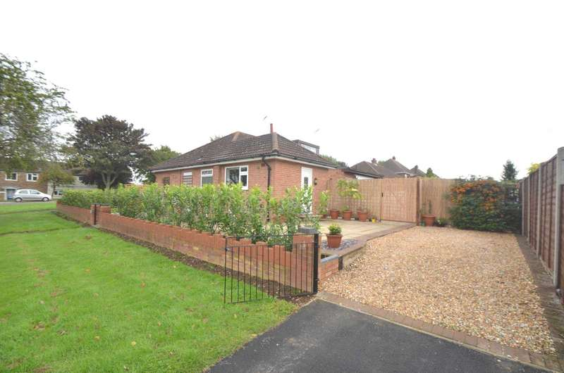 2 Bedrooms Bungalow for sale in Bletchley