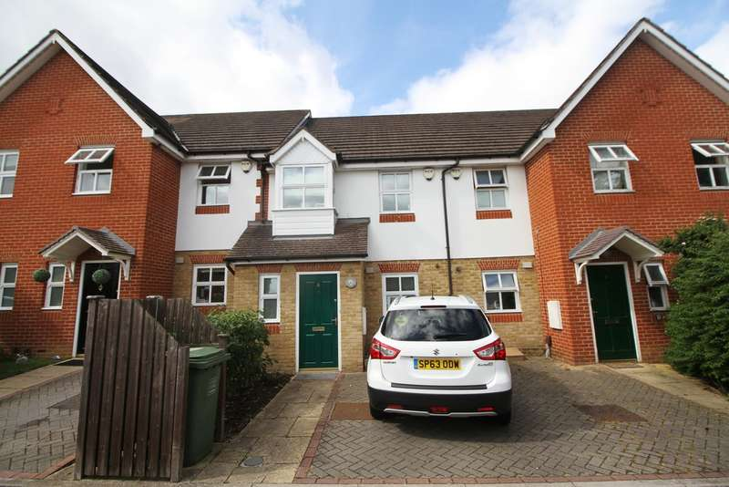 3 Bedrooms Terraced House for sale in Woodbury Gardens, Grove Park
