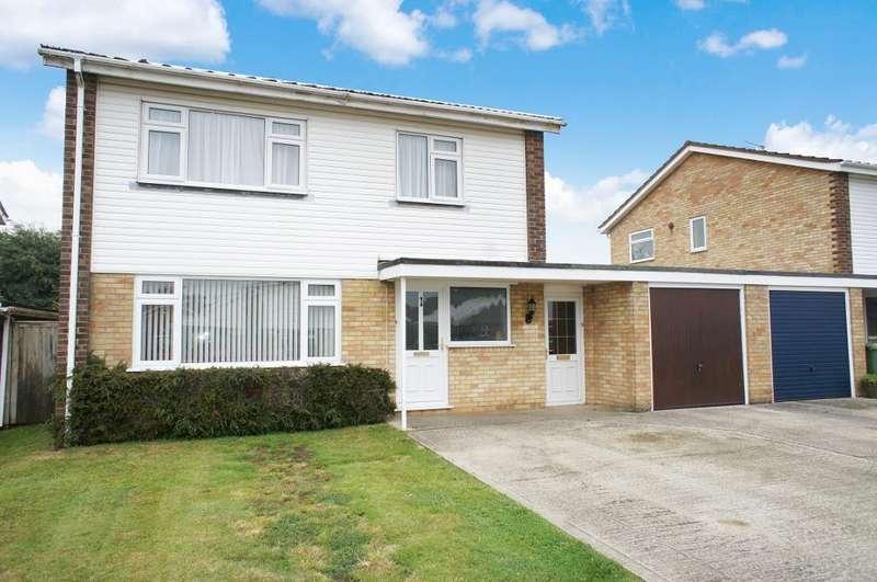 4 Bedrooms Detached House for sale in Cadnam Close, Oakley, Hampshire, RG23 7AF