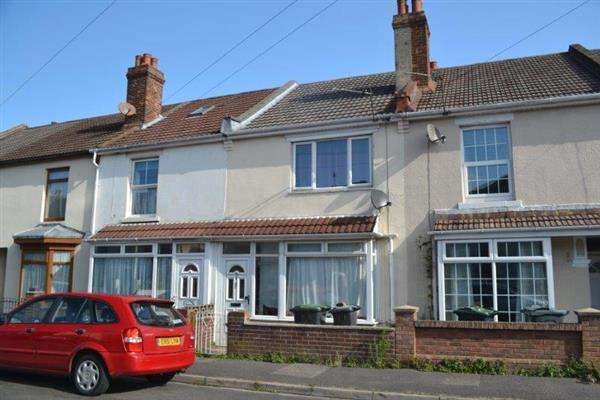 2 Bedrooms Terraced House for sale in St. Thomas's Road, Gosport, Portsmouth