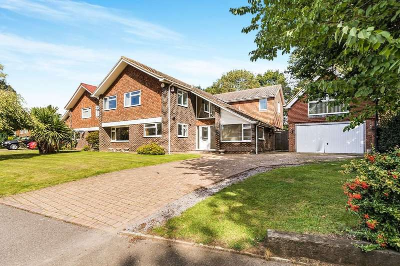 7 Bedrooms Detached House for sale in Fairlight Cross, Longfield, DA3