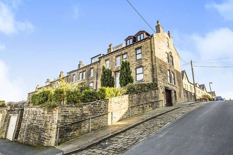 5 Bedrooms Terraced House for sale in Savile Park Street, Halifax, HX1