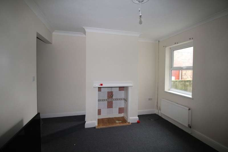 3 Bedrooms Terraced House for sale in Willingham Street, Grimsby, DN32