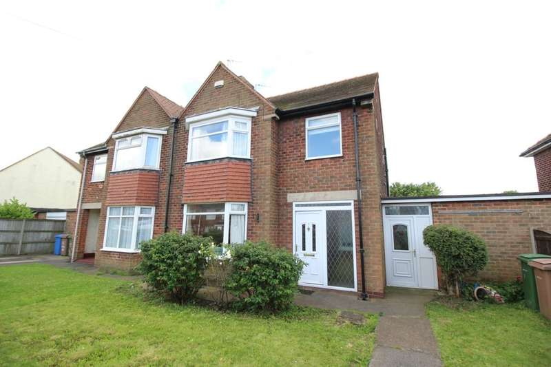 3 Bedrooms Detached House for sale in Whincroft Avenue, Goole, DN14