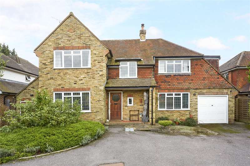 4 Bedrooms Detached House for sale in Bentsbrook Park, North Holmwood, Dorking, Surrey, RH5