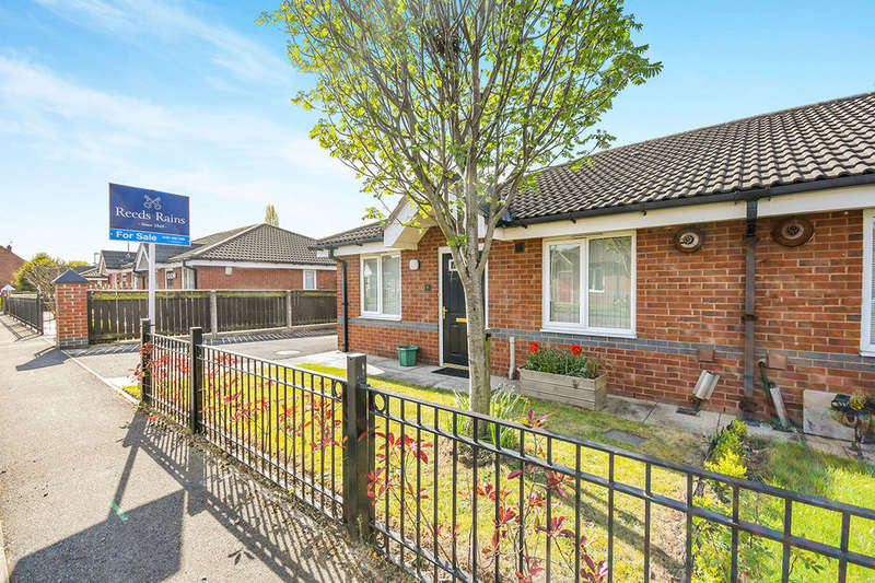 2 Bedrooms Semi Detached Bungalow for sale in Gray Grove, Liverpool, L36