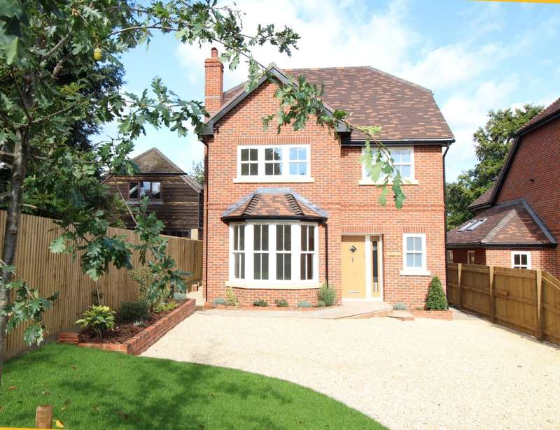 4 Bedrooms Detached House for sale in Sonning Common, Reading, RG4