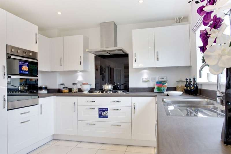 4 Bedrooms Detached House for sale in Chester Road, Malpas, SY14
