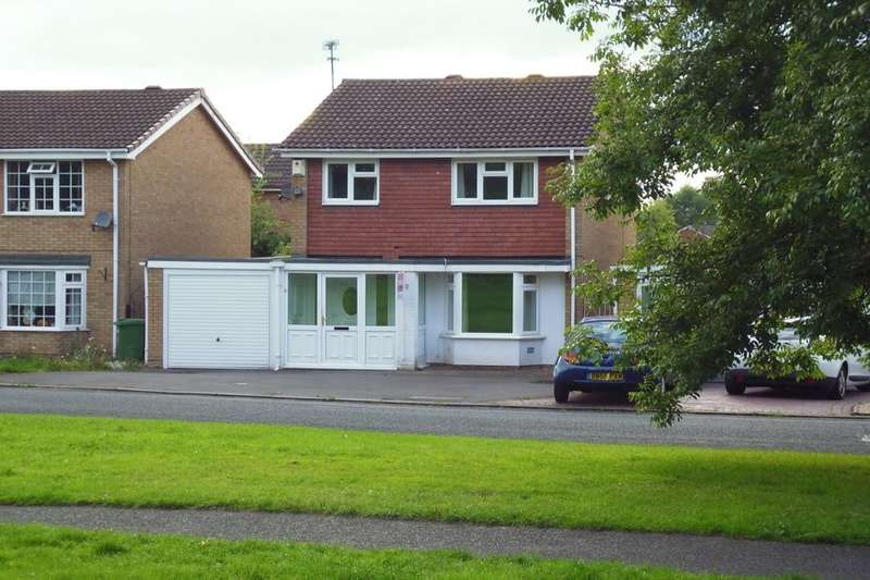 4 Bedrooms Detached House for sale in Waterside Way, Wolverhampton, WV9