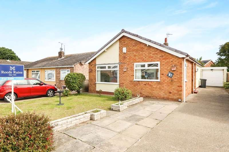 2 Bedrooms Detached Bungalow for sale in Turnberry Drive, Abergele, LL22