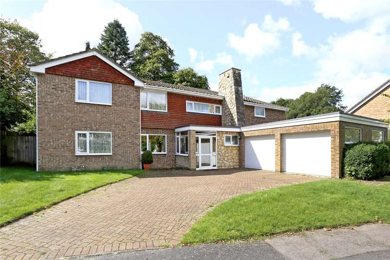 4 Bedrooms Detached House for sale in Goldenfields, Liphook, Hampshire, GU30