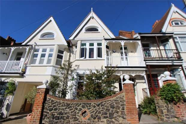 5 Bedrooms Terraced House for sale in Leigh Cliff Road, LEIGH-ON-SEA, Essex