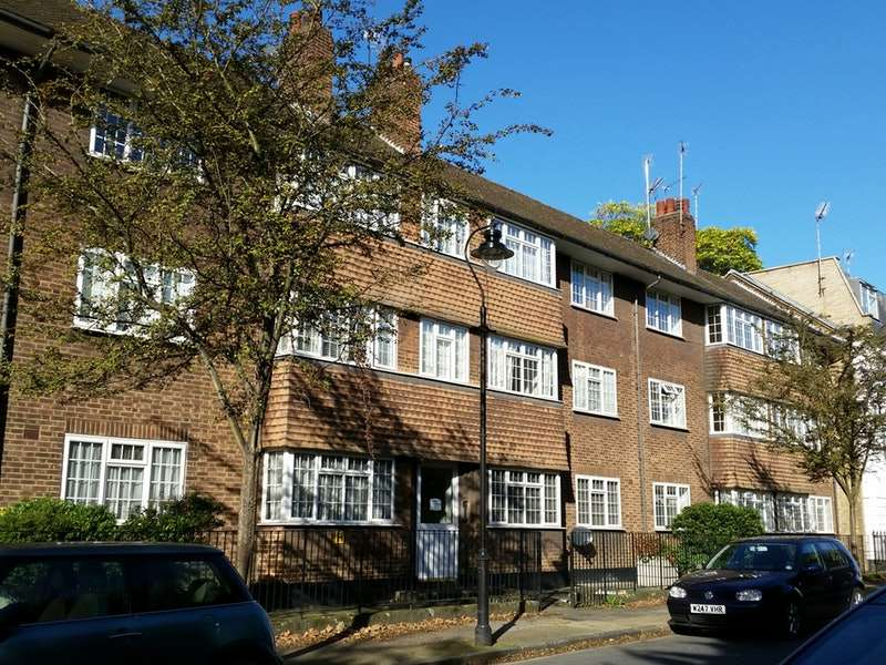 2 Bedrooms Flat for sale in Garden Row, London, London, SE1