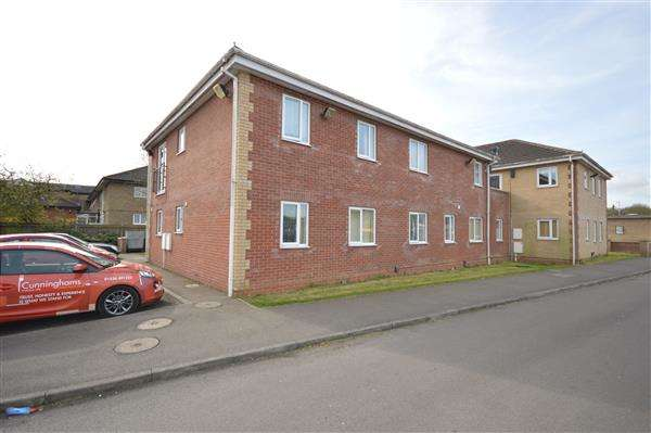 2 Bedrooms Apartment Flat for sale in LANGDALE GROVE, CORBY