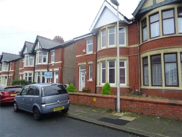 3 Bedrooms Semi Detached House for sale in Leckhampton Road, Blackpool, Lancashire