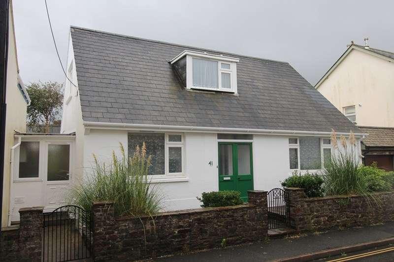 3 Bedrooms Link Detached House for rent in Cross Street, Northam, Bideford