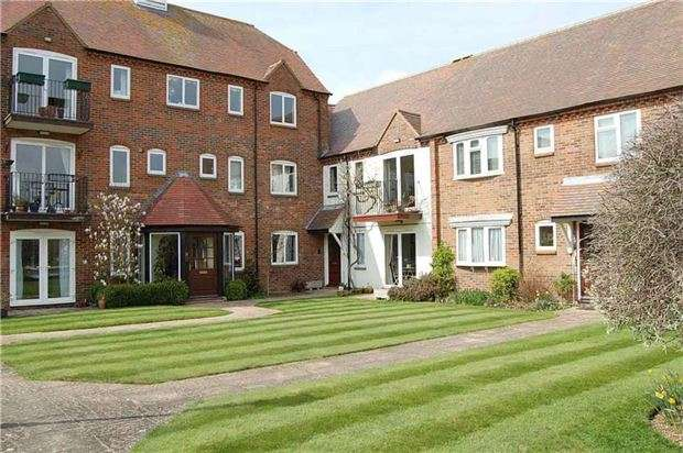 2 Bedrooms Flat for sale in West Quay, ABINGDON, Oxfordshire, OX14 5TL