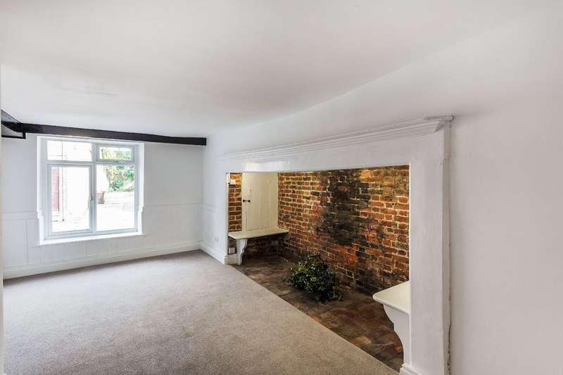 1 Bedroom Flat for sale in High Street, Godstone