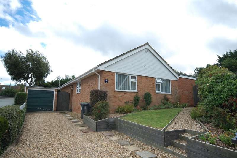 3 Bedrooms Detached Bungalow for sale in Shearwater Avenue, Whitstable