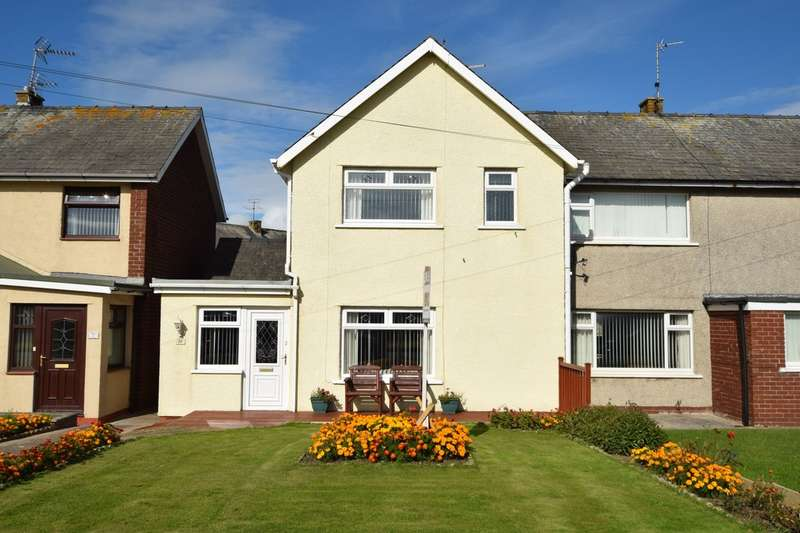 3 Bedrooms Semi Detached House for sale in West Shore Road, Walney, Cumbria, LA14 3UD