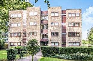 3 Bedrooms Flat for sale in Tavistock Road, Croydon