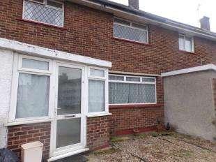 2 Bedrooms Terraced House for sale in Eliot Road, Dartford, Kent, Uk
