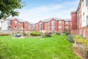 1 Bedroom Flat for sale in Laurel Court, 24 Stanley Road, Folkestone, Kent