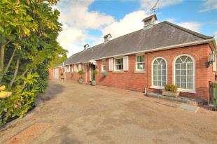 2 Bedrooms Bungalow for sale in Bayham Abbey, Lamberhurst, Tunbridge Wells, Kent